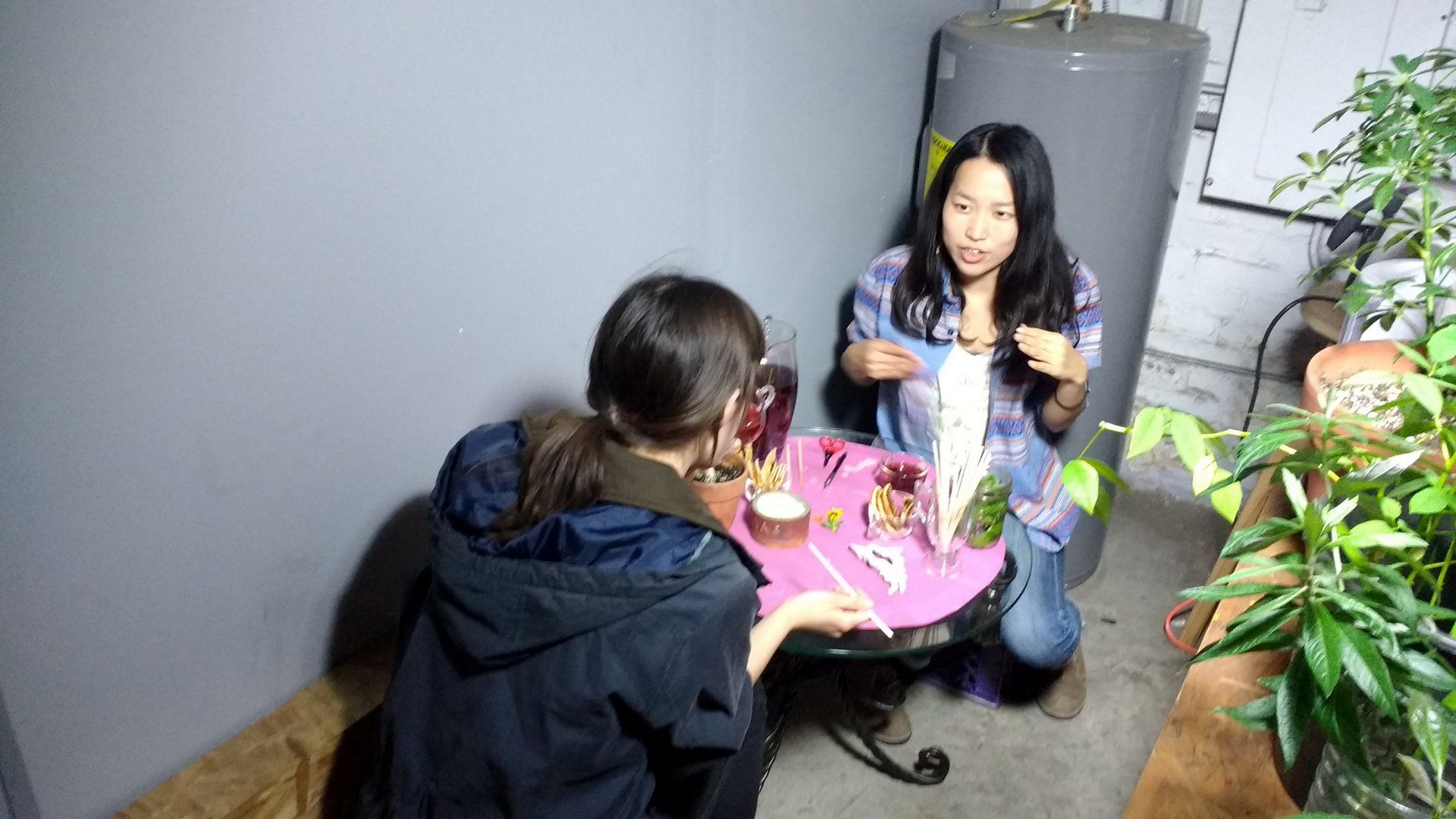 "Kiyomi Fukui sharing a ""Tea Encounter"" with a visitor at Dirtmaking"