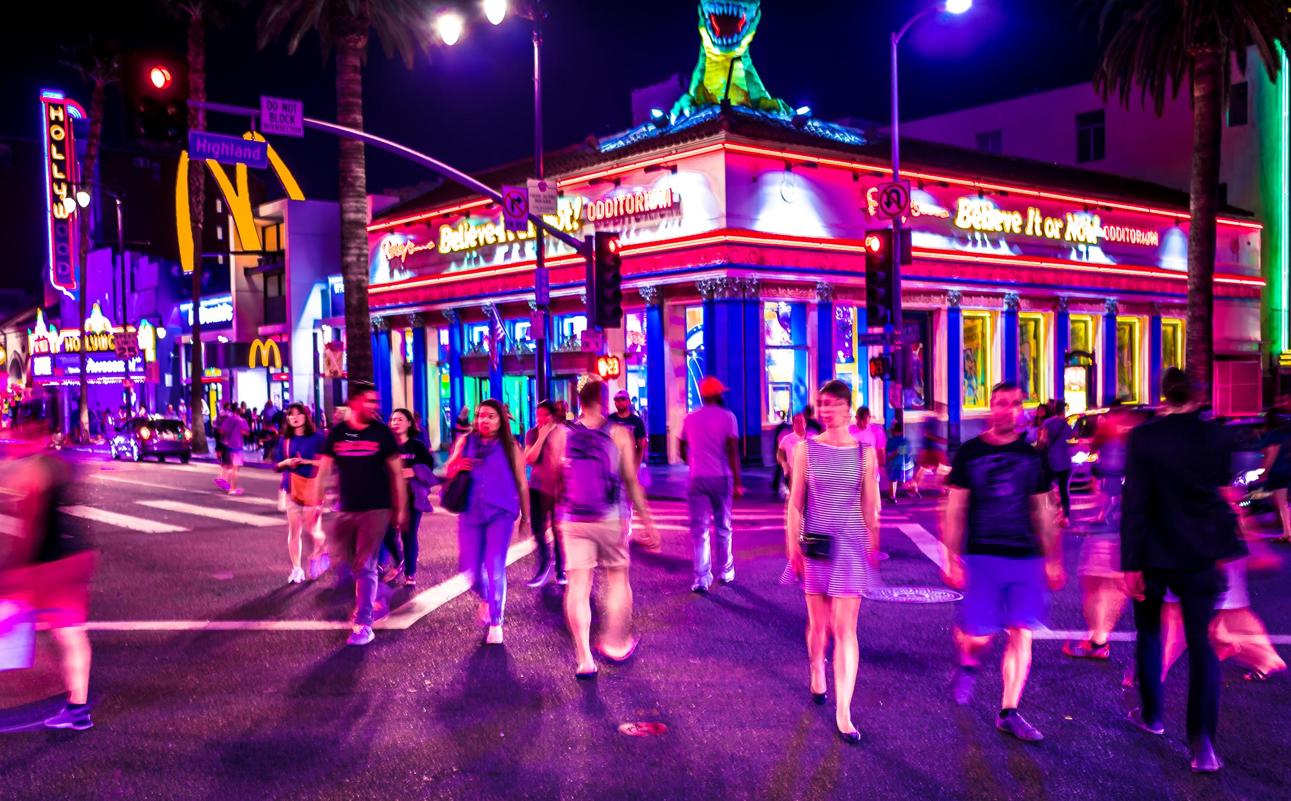 4-Way Crossing at Hollywood & Highland