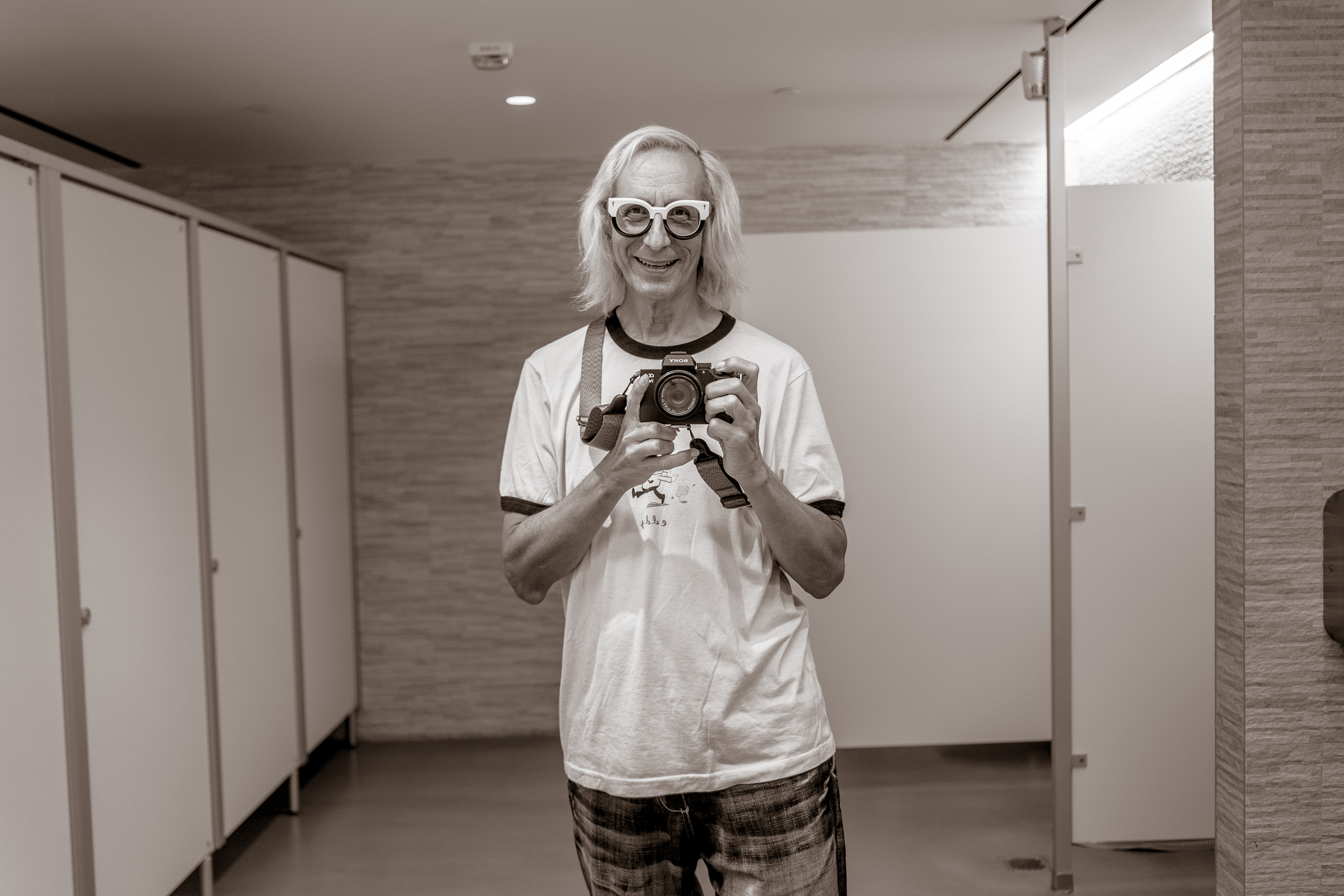 Glenn Zucman taking a selfie in the basement men's room at the Marciano Art Foundation on Wilshire Blvd in Los Angeles