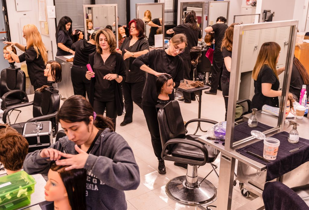 SMC Cosmetology Students Practice Hair Styling In The SMC Cosmetology Salon In The Business Building On The SMC Main Campus On Thursday, April 18, 2019. (Glenn Zucman/The Corsair)