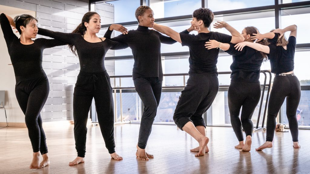 Letxia Cordova, Giulia Perri, Kennadi Davis, Taylor Sun, Noemi Nuernberger, And Brittany Ganiere Rehearse Student Choreographer Julisa Figueroa's Piece For Synapse Dance Theater In SMC's Core Performance Center On Thursday, April 25, 2019. Synapse Dance Theater Will Be Performed On The Broad Stage At SMC's Performing Arts Center On Friday And Saturday, May 24 And 25. (Glenn Zucman/The Corsair)
